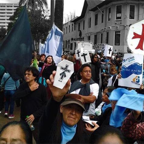 Neoconservadurismo, progresismo y reinvención de las derechas mediante la ofensiva antigénero. Notas desde Ecuador