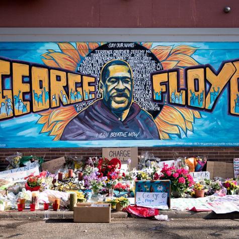 No, no debemos condenar los levantamientos contra los asesinatos policiales como el de George Floyd